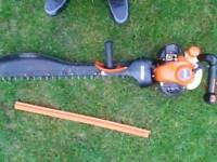 Petrol echo hedge trimmer