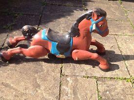 MOBO metal rocking horse on springs