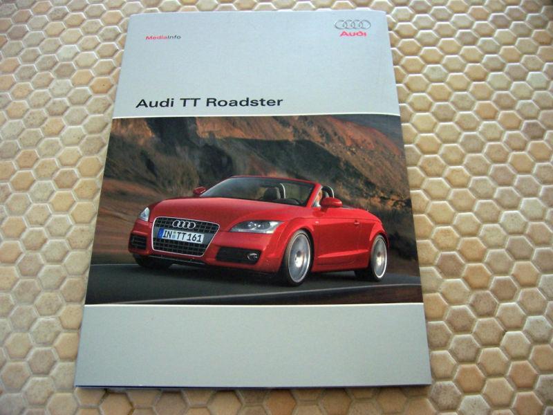 AUDI  TT ROADSTER OFFICIAL PRESS BROCHURE & CD NEW MODEL 2008 USA EDITION