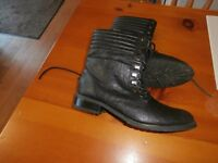 New Look women's black lace up ankle boots size 6. As new condition.