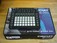 Novation CIRCUIT Groovebox (Synths/Drums) - Immaculate/Boxed