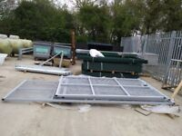 Securtiy gates PPC Grey / Galv fantastic condition used for one month only 1 x d/l and 1 x s/l