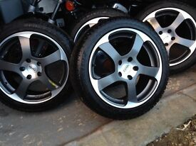 "Audi A3 - 17"" DUNLOP SP Sport Winter 4D Tyres fitted to DOTZ Alloy Wheels. 300 miles only!"