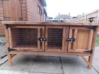NEW - 4FT RABBIT/GUINEA PIG HUTCH - NEW