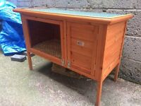 """41"""" wooden rabbit hutch 3.5ft barely used"""