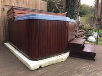 Hot Tub. Deckworld Quality Built 4 person Hot Tub/Spa