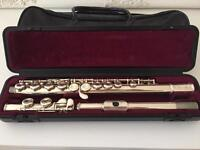 Yamaha 211 Flute - Excellent Condition