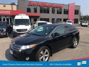 2011 Toyota Venza Limited w/ leather, Nav and more
