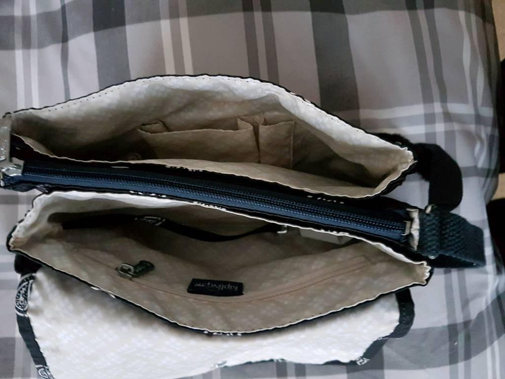 Ladies kipling Opkine bag