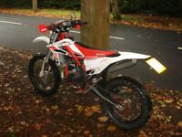Beta X trainer 300 cc 2 stroke oil injection, 2015 model.