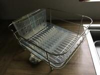 Dish rack by Simple Human