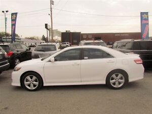 2011 Toyota Camry SE   LEATHER   ROOF   HEATED SEATS   1OWNER London Ontario image 4