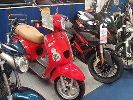Brand New Baotian Manza Italian style 125 scooter commuter, Vespa Labretta style scooter. Save £250
