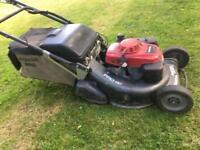 Honda HRH 536 professional roller mower