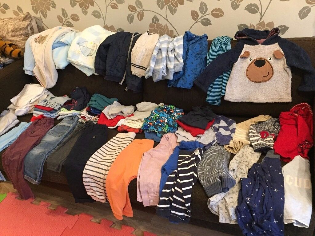 (3) Large bundle of baby boy clothes in age 9-12 months.