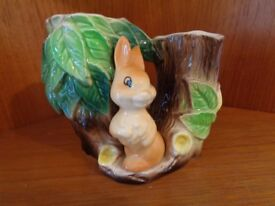 Hornsea Glazed Vase with Rabbit/tree design