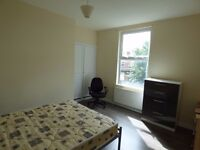 Spacious double room at Burley. All Bills inc. Excellent location.