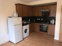 ****2 BED FLAT AVAILABLE TO RENT****