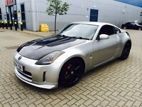 Nissan 350z Silver and Black