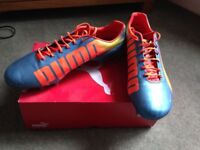 Puma blue & orange Evospeed boots size 8 1/2