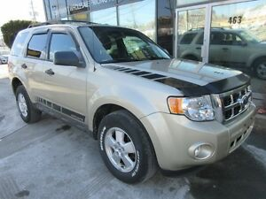 2011 Ford Escape XLT W/ ALLOYS & DECAL KIT