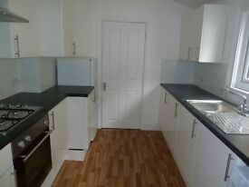Newly Refurbished Split Level 3 Bed Flat Perfect For Sharers Or Students Unfurnished Colliers Wood