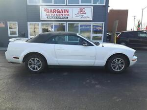 2005 Ford Mustang CONVERTABLE ''WE FINANCE EVERYONE''