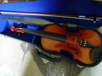 Full size violin with bow and case -excellent tone, excellent condition, great starter isntrument