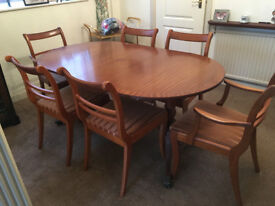 DINING TABLE (extendable) + 6 x Chairs (Price REDUCED)