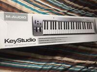 M audio usb keyboard controller ( music )
