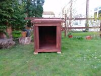 Dog Kennel with removable floor and roof - stained wood