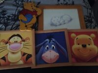 Winnie the Pooh picture set includes 5 framed pictures