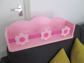 VARIOUS GIRLS BEDROOM ITEMS - FROM £1.50