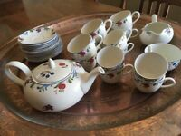 'Cranborne' Poole Pottery 30 piece tea service