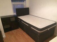 Single bed/2drawers/mattress/ headboard