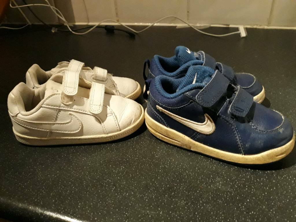 7aae2e12785 X2 pairs of Boys Nike junior trainers size 6.5