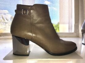 Jimmy Choo shoes size 5