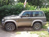 Nissan Patrol short wheel base. Catagory C. No tax or mot. Runs ok. Spares and or Repairs.