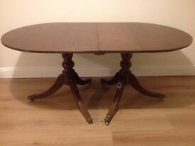 Georgian Style Extendable Dining Table
