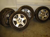 LAND ROVER WHEELS AND TYRES