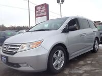 2011 Honda Odyssey Touring !! TOP OF THE LINE !! CLEAN CAR PROOF