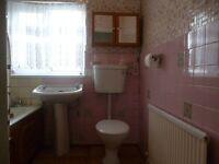**Lovely 3 bedroom House.. Edmonton N9.. .. MUST VIEW..CALL NOW!!