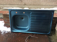 SORRY-GONE- N Kitchen sink FREE to a good home