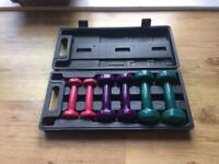 YB Dumbbell / Barbell set in case. 0.5kg 1.0kg and 1.5kg metal weights plastic / rubber coated