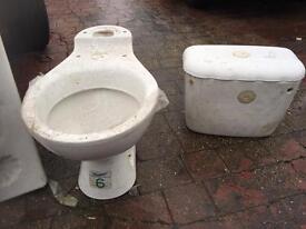 Shell bathroom suite