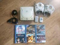 Sega Dreamcast Console and extras - READ