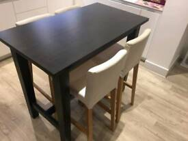 High Bar Table & Stools - GREAT CONDITION - Priced for quick sale!