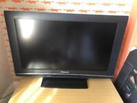 "Panasonic 32"" LCD HD Ready tv"