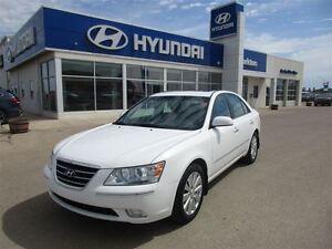 2010 Hyundai Sonata Limited w/Navigation