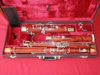 BOOSEY AND HAWKES 400 FULL-SIZED BASSOON. REALLY BEAUTIFUL INSTRUMENT WITH ACCESSORIES